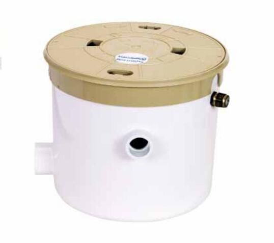 自动平衡水箱